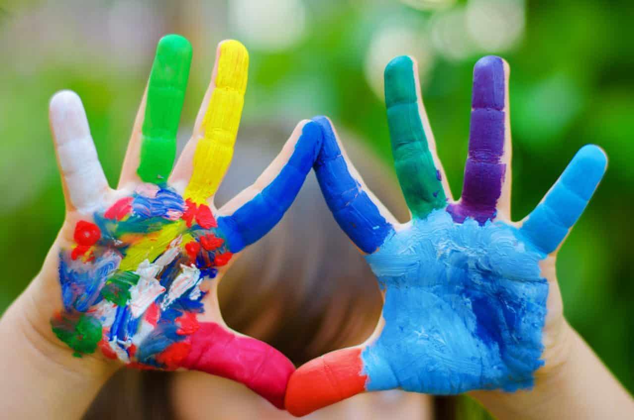 Image result for giochi lavoretti per bambini tempera pennelli