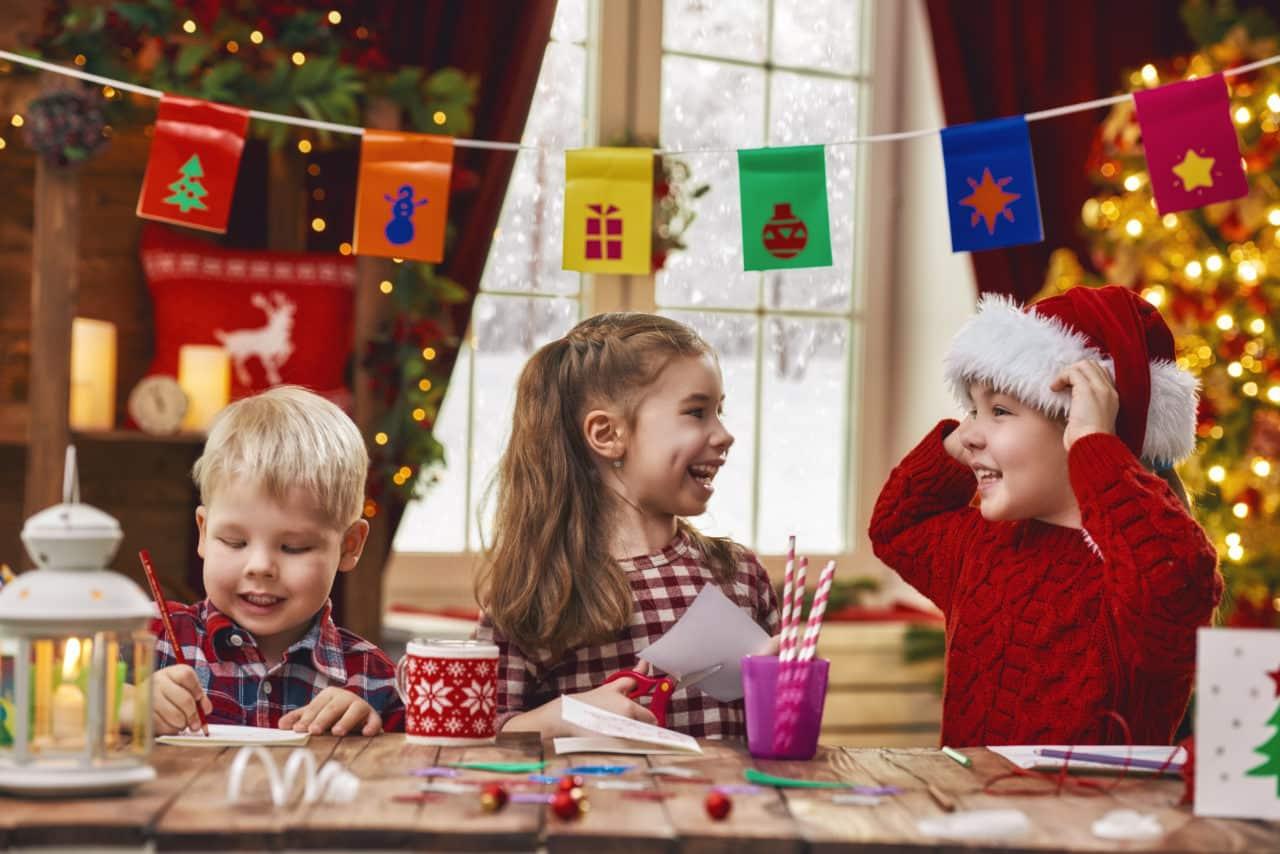 Lavoretti Di Natale Bambini 0 3 Anni.5 Lavoretti Di Natale Da Fare Con I Bambini Della Scuola Dell